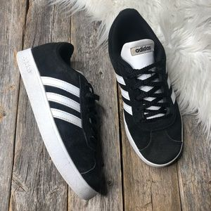 ADIDAS Kids Suede Sneakers 4.5 Black Laces Stripes